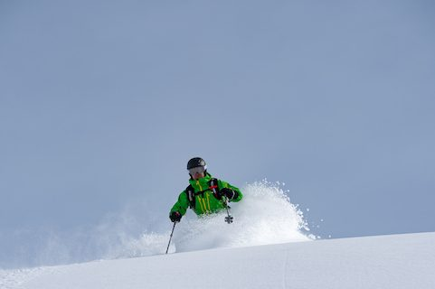 france skiing powder