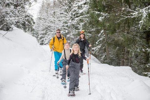 chalet pelerin snowshoeing