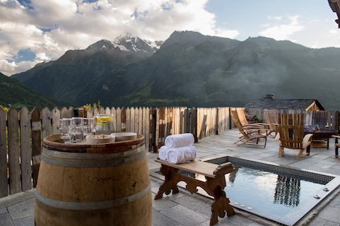 hot tub at chalet