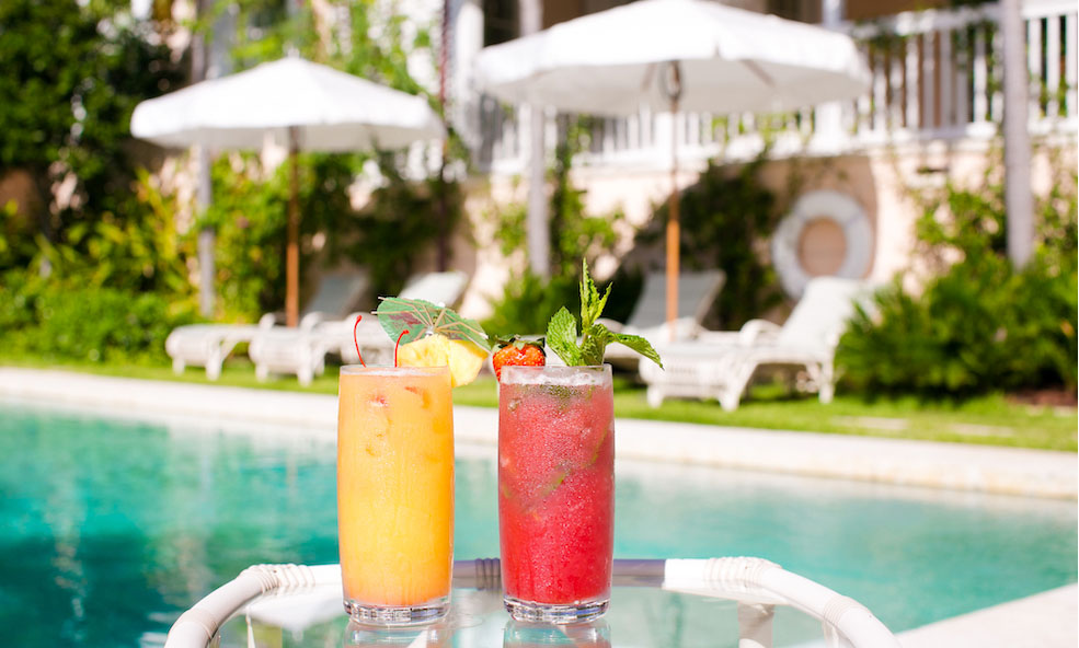 Tropical Poolside Beverages - Bahama House Dunmore Town, Bahama