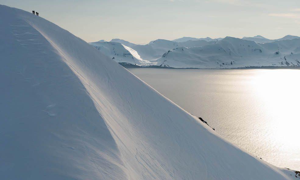 Iceland Heli Skiing deplar farm
