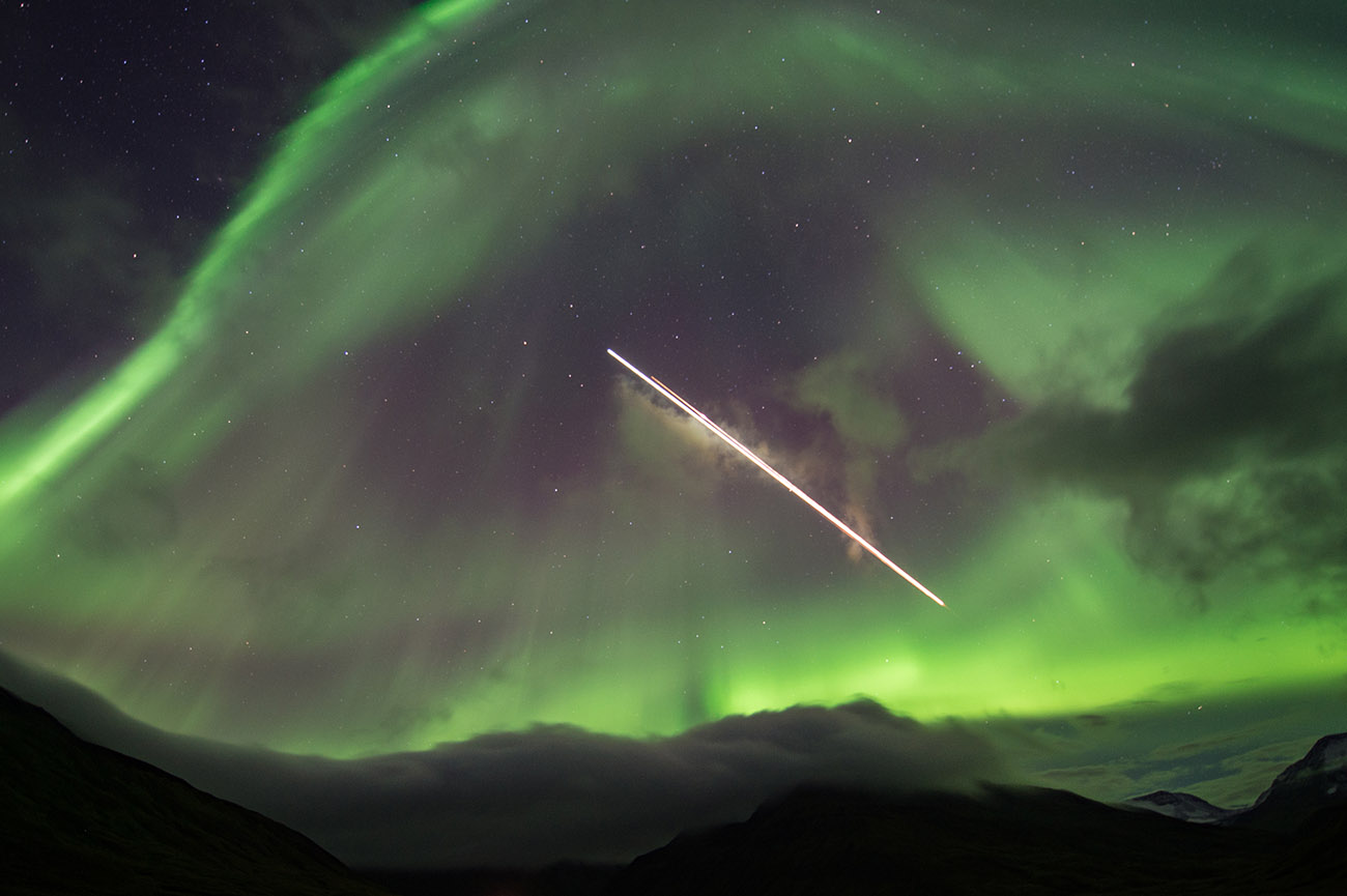 aurora with shooting star