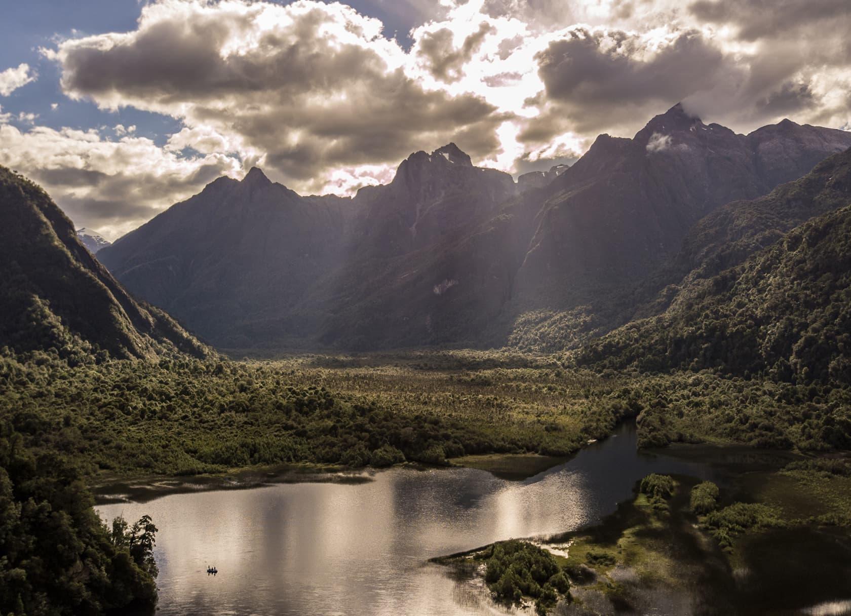 rio palena lodge mountains chile