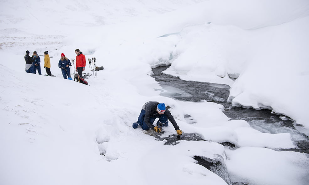 deplar farm iceland river