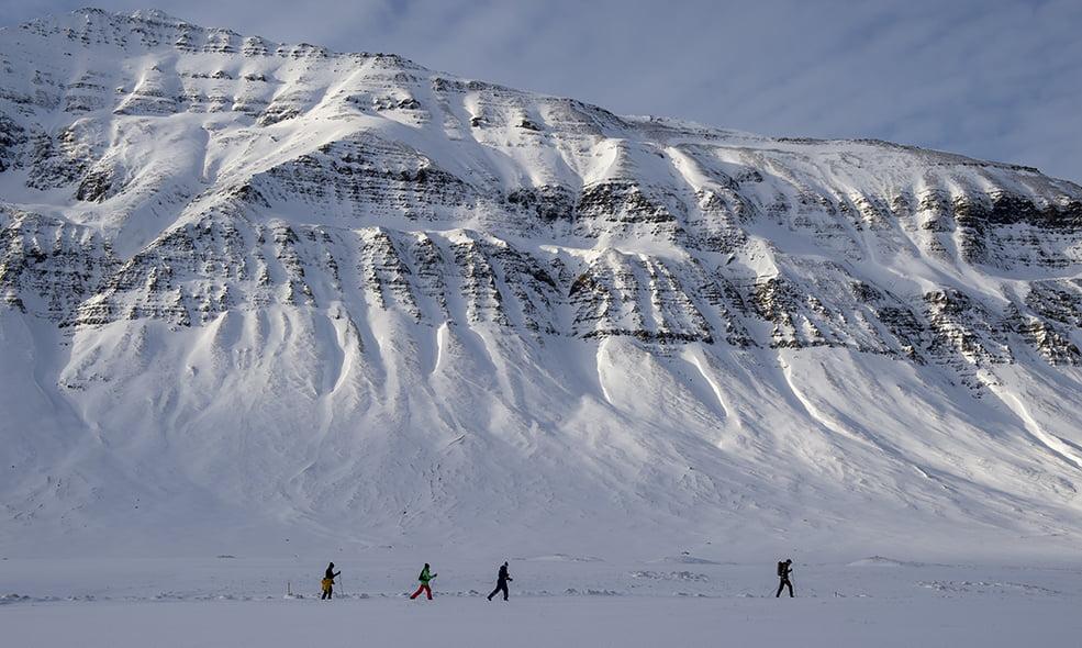 winter sport deplar farm iceland
