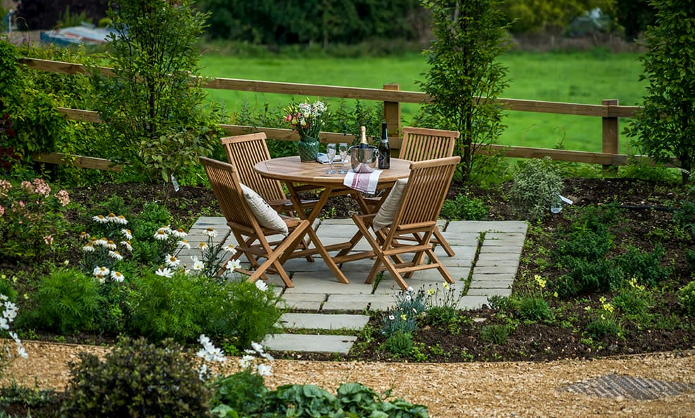 outdoor table with champagne