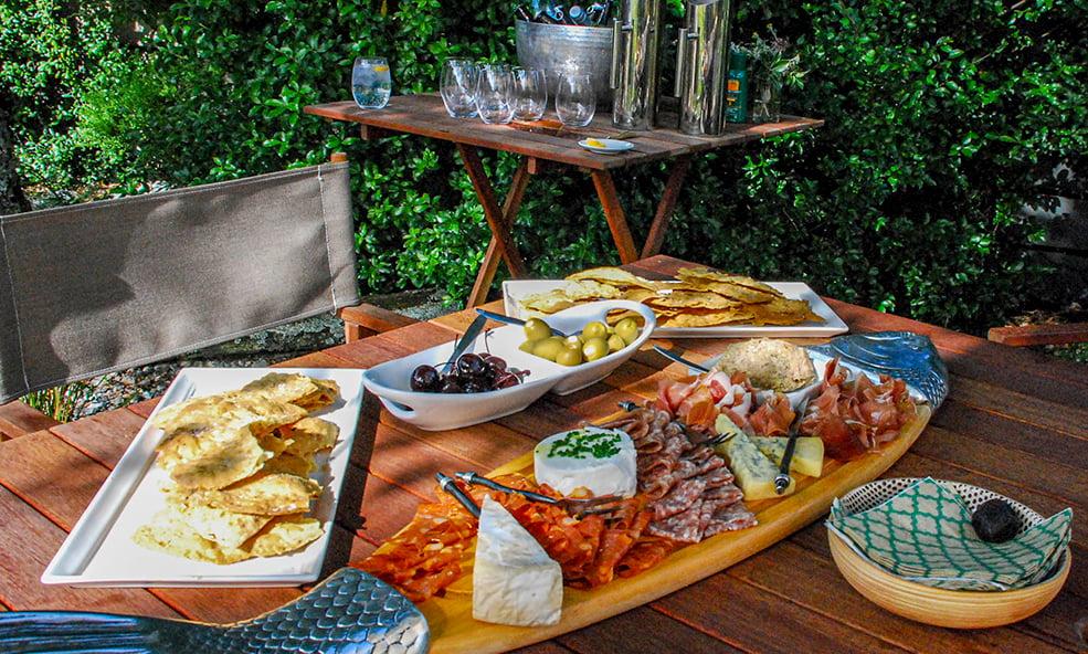 Cedar Lodge cuisine